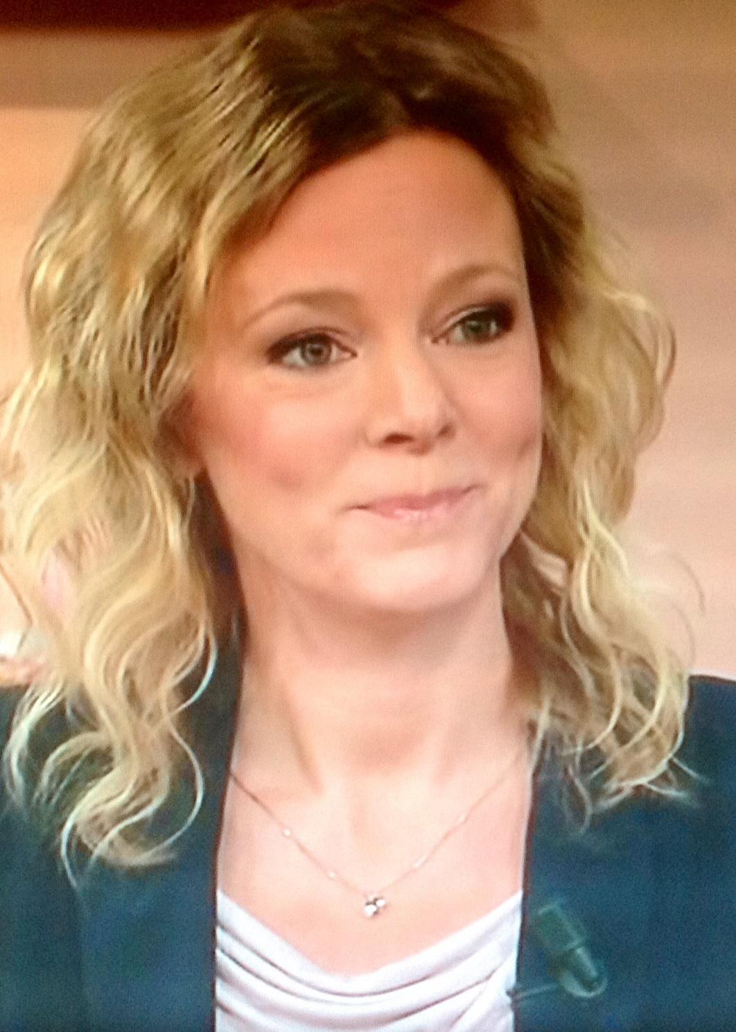 Söta Linda Eriksson på TV4. Inte endast ansiktet har rätt kromosomuppsättning. Resterande Eriksson verkar - image7