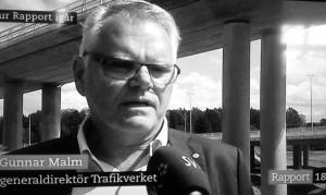 Lika ansvarslös, inkompetent och undermålig som Ingemar Skogö. Fredrik Reinfeldt har förolämpat hela det svenska folket genom att tillsätta detta månatliga understödsobjekt.
